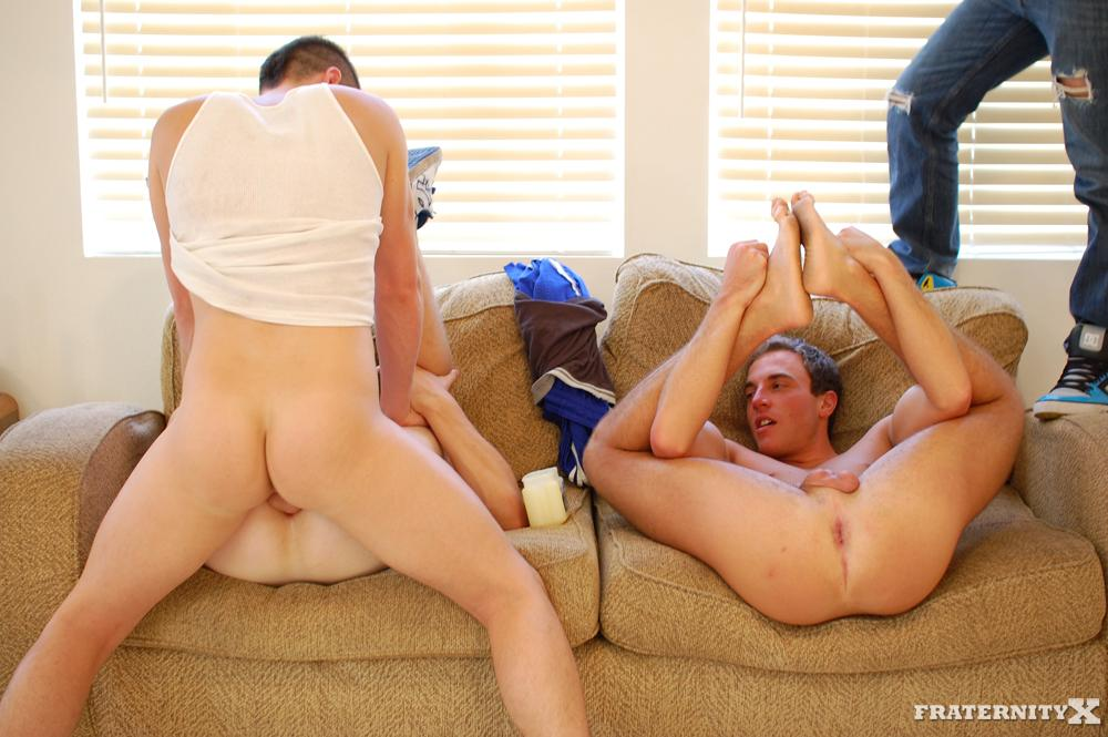 FraternityX-Straight-Fraternity-Boys-Jensen-and-Kev-and-Angelo-Bareback-For-The-First-Time-Amateur-Gay-Porn-31 Amateur Straight Fraternity Boy Three Way; Taking Bareback Cock For The First Time