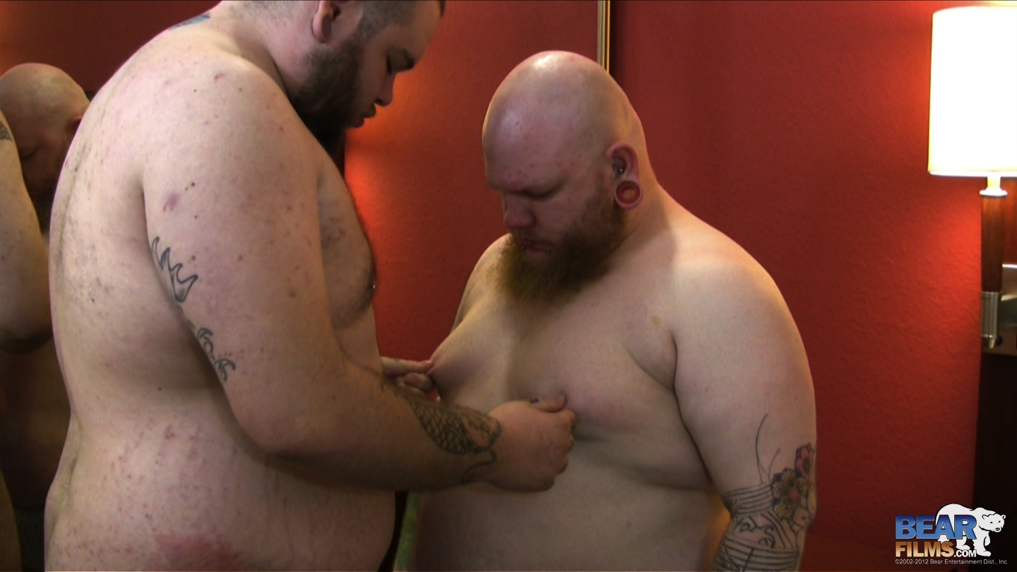 Chubby Bear Video And Hundreds More Amateur Gay Porn Videos At