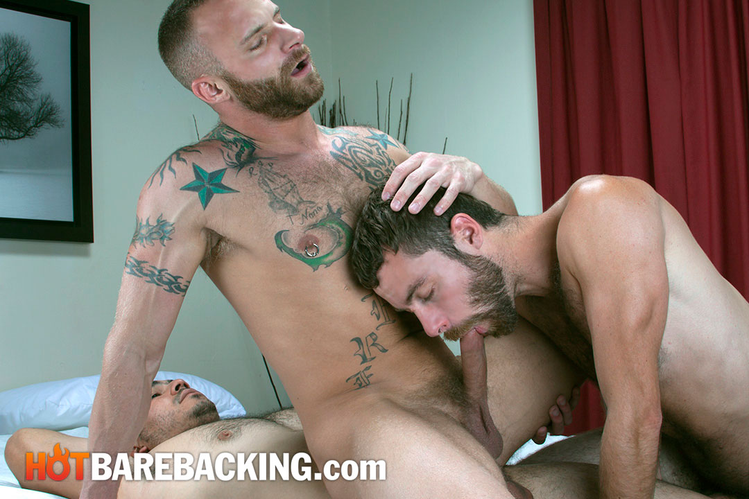 Hot Barebacking Marco Mateo and Derek Parker and Seth SX and Miguel Temon Fourway Bareback Amateur Gay Porn 03 Four Amateur Cocks and Bareback Double Penetration Group Sex