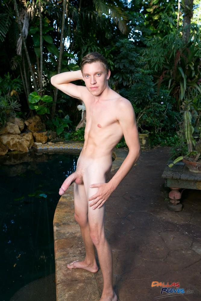 Dallas Reeves Jack King and Doncaster Huge Cock Young Guys Fucking Bareback and Doncaster Amateur Gay Porn 02 Hung And Young Muscle Guys Fucking Bareback By The Pool