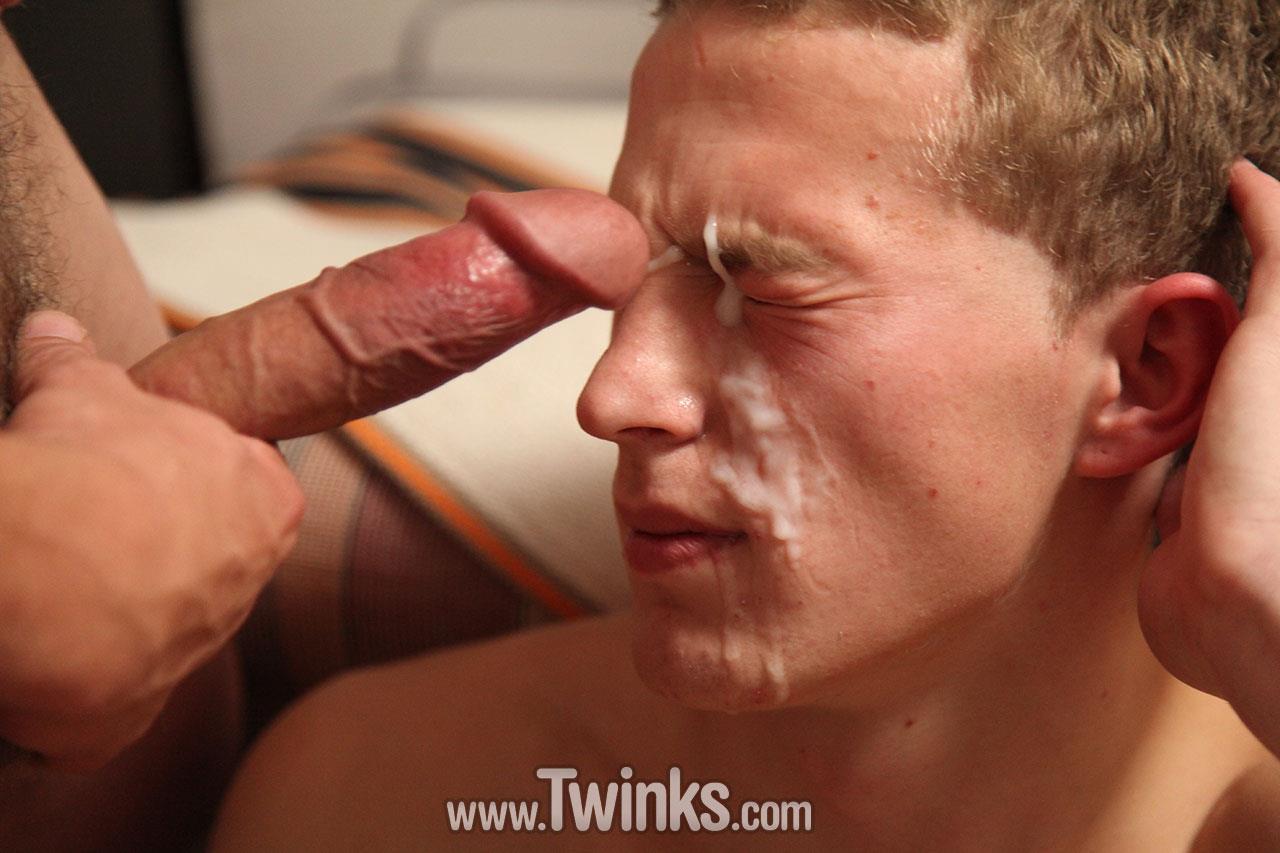 Robin Borg and Steve Johanson Muscle Twinks Fuck Bareback With Huge Cum Facial Amateur Gay Porn 15 Muscle Twink Barebacks His Buddy And Cum On His Face