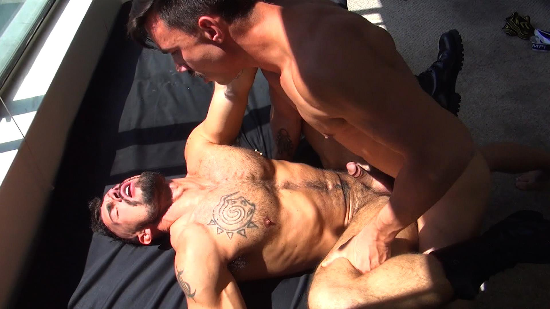 Raw Fuck Club Derrick Hanson and Aarin Asker and Billy Warren and Adam Avery Amateur Gay Porn 03 Group Sex Bareback Fucking At The Folsom Street Fair 2015